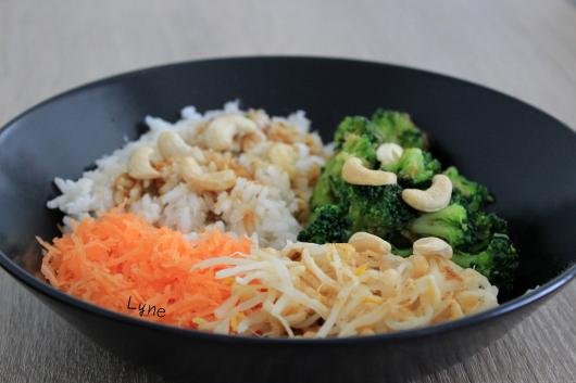 bol de riz coco et légumes